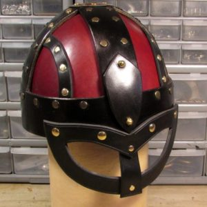 leather_viking_helmet_with_ocular